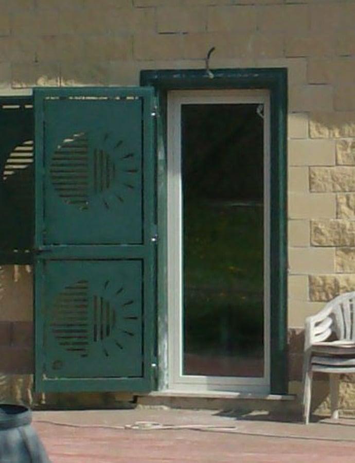 Progetto protezioni per finestre e porte idee fabbri - Sbarre per porte e finestre ...