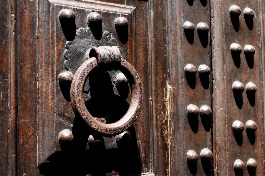 Come pulire le porte in legno idee interior designer - Pulire porte legno ...