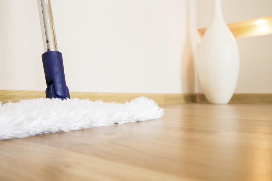 Come pulire il parquet ideee e suggerimenti per for Pulizia parquet