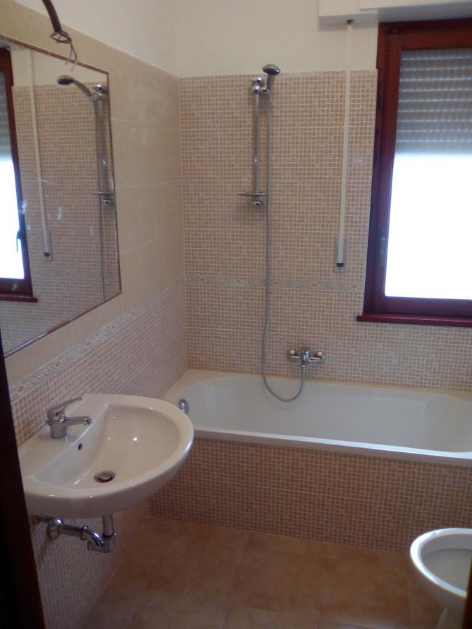 Ristrutturazione completa con impianto elettrico ed idraulico idee ristrutturazione casa - Costo realizzazione bagno ...