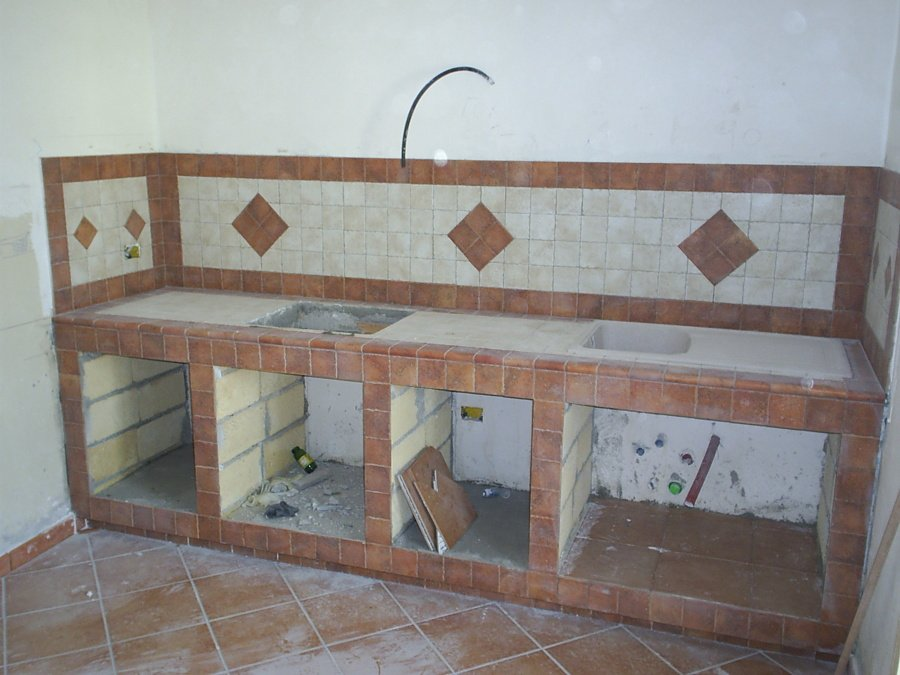 Foto realizzazione cucina in muratura con gres - Cucina in muratura fai da te ...