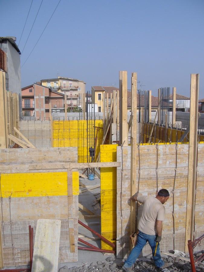 Realizzazione di una villetta unifamiliare con due piani for Fuori piani di costruzione