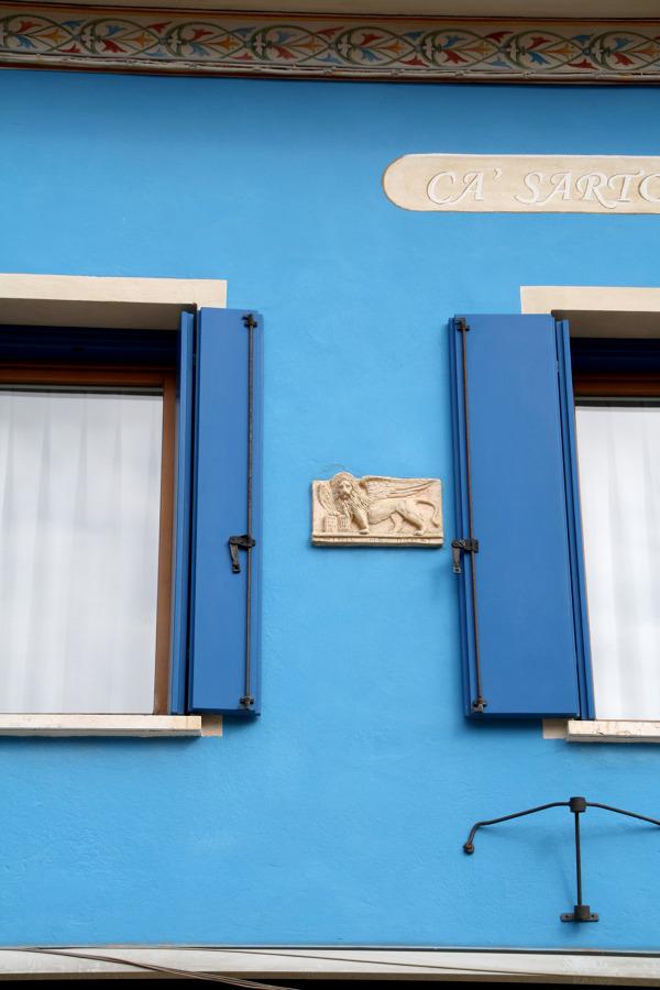 Come pulire il davanzale della finestra idee interior - Davanzale finestra ...