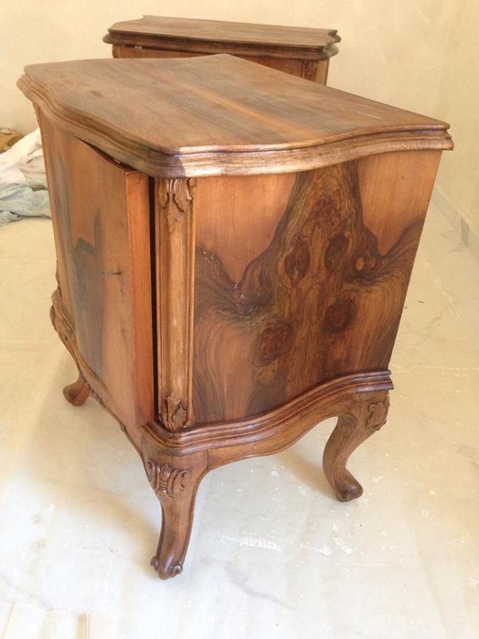 Restauro dei mobili antichi e porta d'ingresso