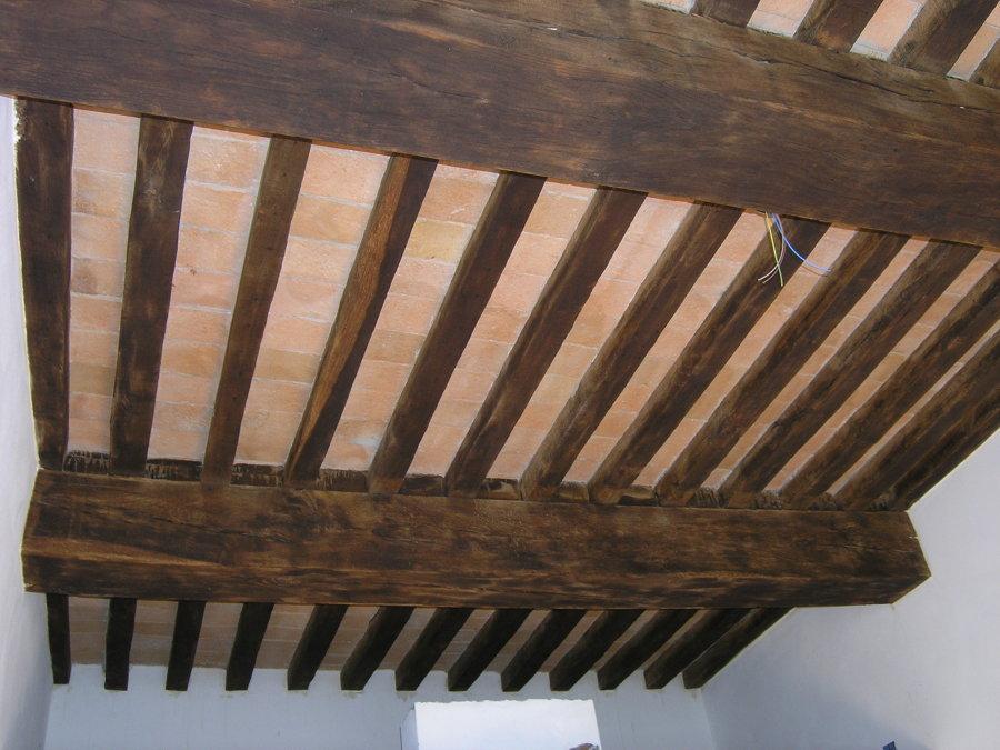 Foto: Restauro di Soffitto In Struttura Lignea e Tavelle In Cotto Antico di E...