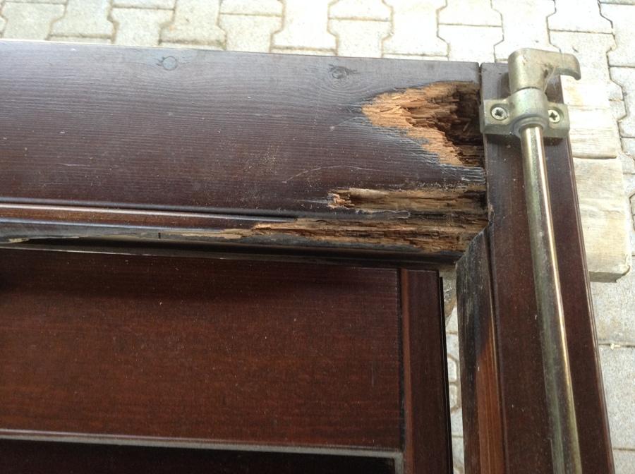 Progetto di restauro persiana in legno idee falegnami - Restauro finestre in legno prezzi ...
