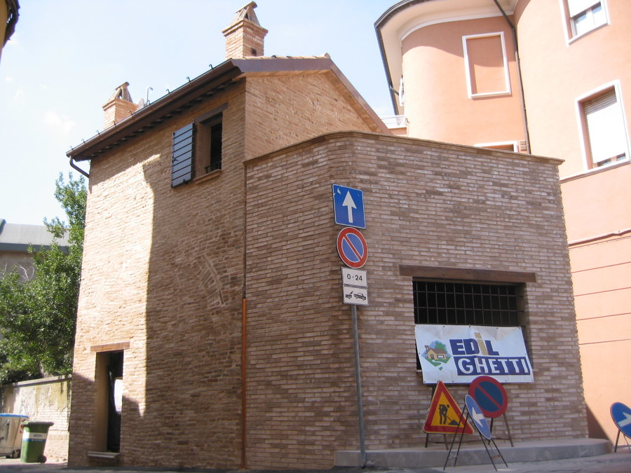 Restauro torricino di cinta muraria centro storico