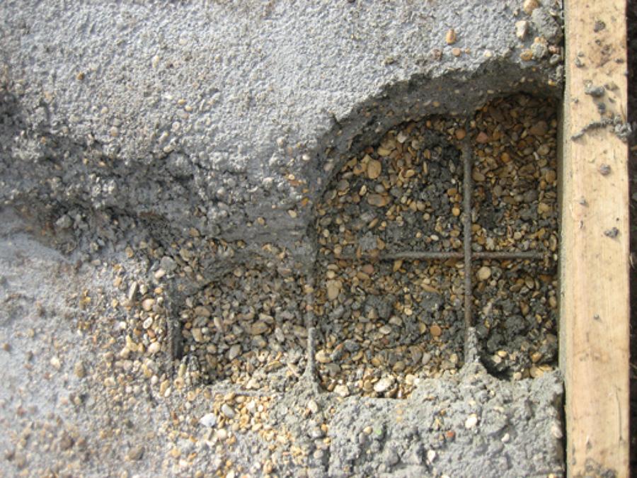 Rete elettrosaldata affogata nel cemento