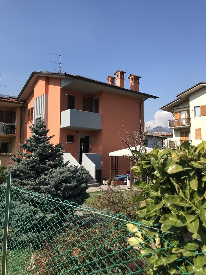rifacimento facciate edificio residenziale