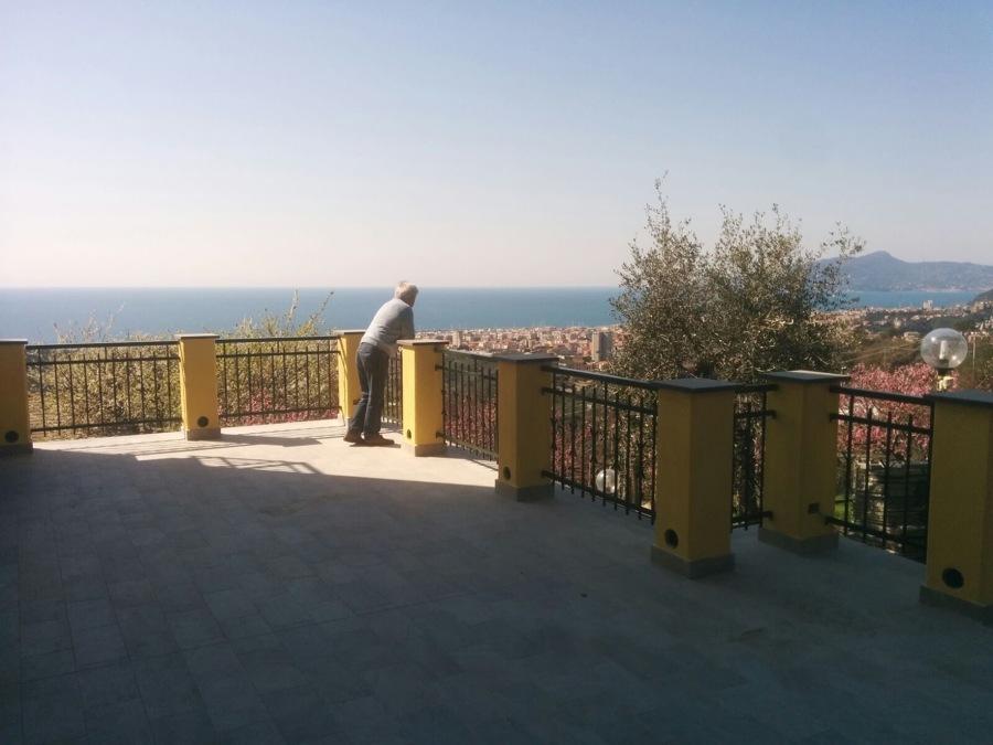 Foto: Ringhiere Terrazzo di Emmepi Tende #625842 - Habitissimo