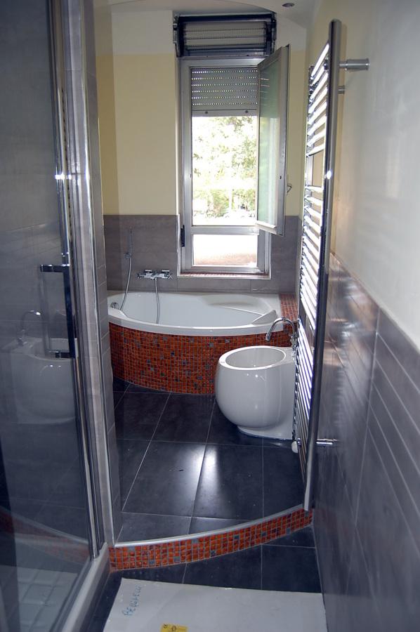 Progetto ristrutturazione bagno idee ristrutturazione bagni - Progetto accessori bagno ...
