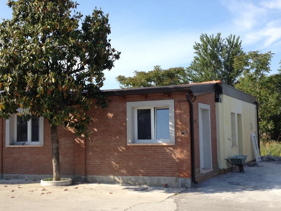 Progetto ristrutturazione casa con antisismica e con for Case con torrette