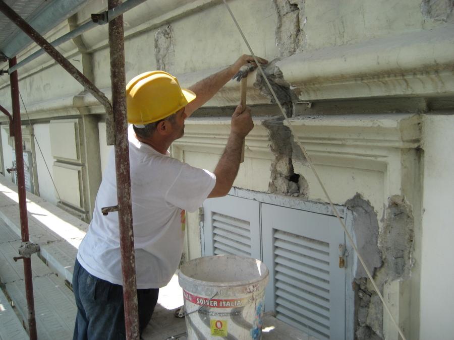 ristrutturazione facciata esterna fabbricato