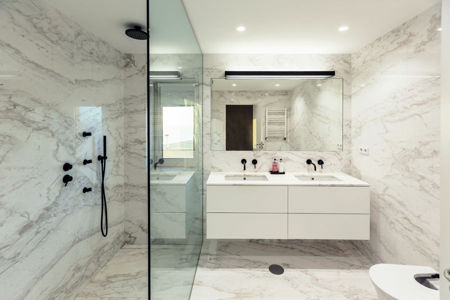 Rivestimenti bagno in marmo