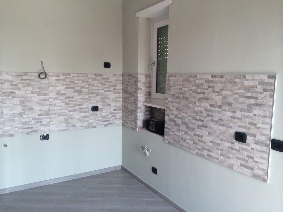 Progetto di ristrutturazione completa alloggio idee ristrutturazione casa - Idee rivestimento cucina ...