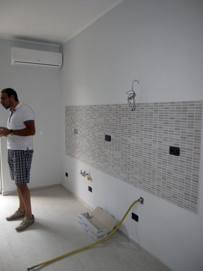 Foto rivestimento cucina con mosaico di 3g snc 125411 habitissimo - Top cucina mosaico ...