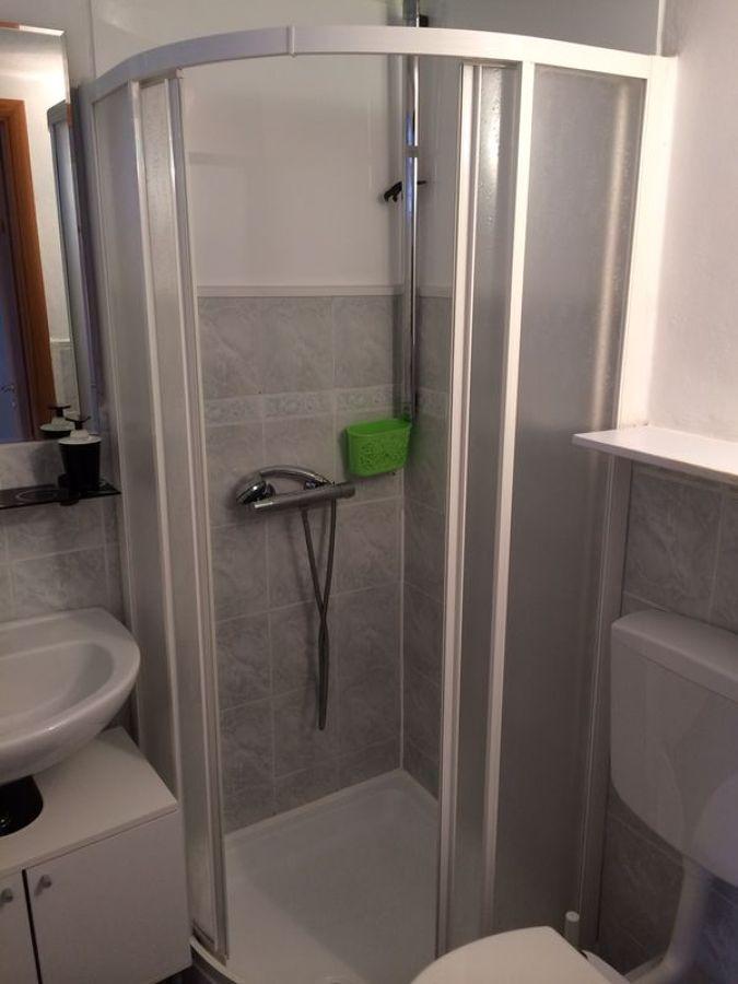 Progetto di rivestimento interno doccia idee ristrutturazione bagni - Impermeabilizzare fughe piastrelle doccia ...