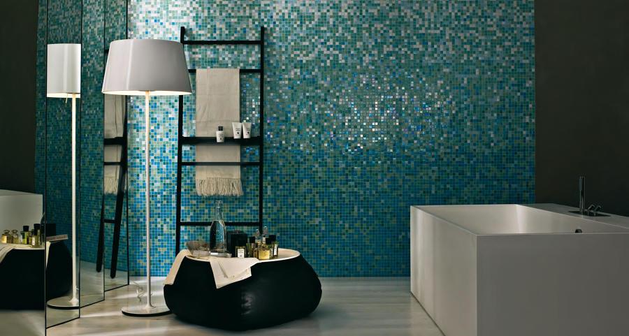 Rivestimento mosaico con sfumature di colore
