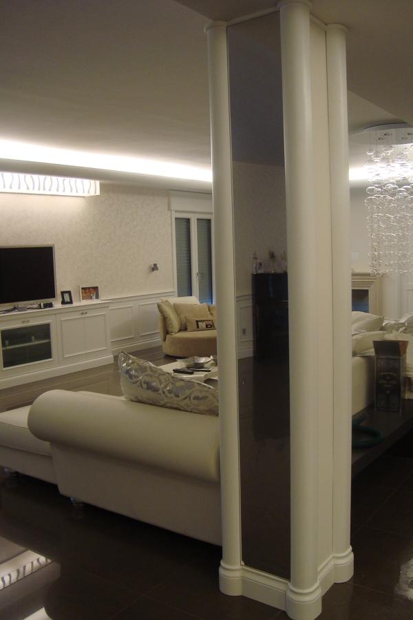 Progetto arredamento appartamento idee mobili - Pilastro portante ...