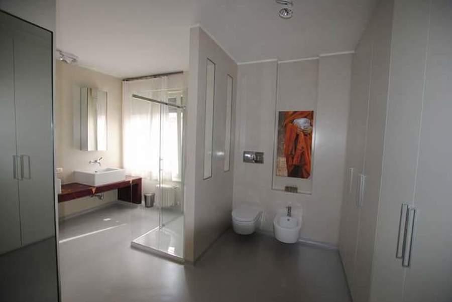 Progetto resina idee ristrutturazione casa - Sala da bagno ...