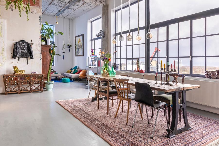 sala da pranzo stile industriale