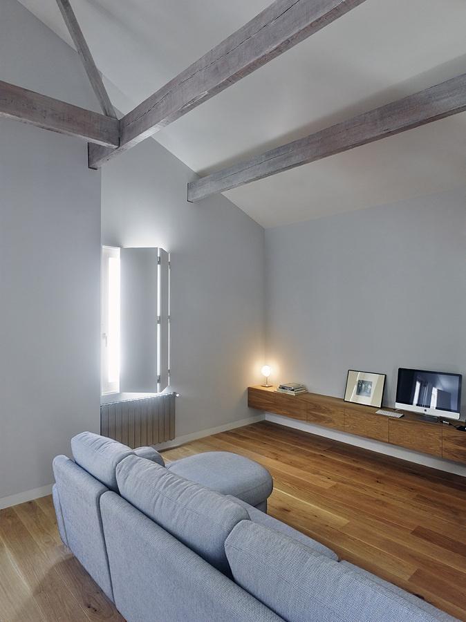 https://it.habcdn.com/photos/project/big/salone-con-divano-grigio-chiaro-370255.jpg