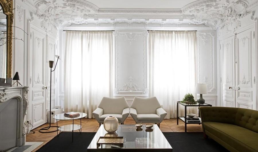 Foto salotto classico con arredi moderni di rossella for Foto salotto