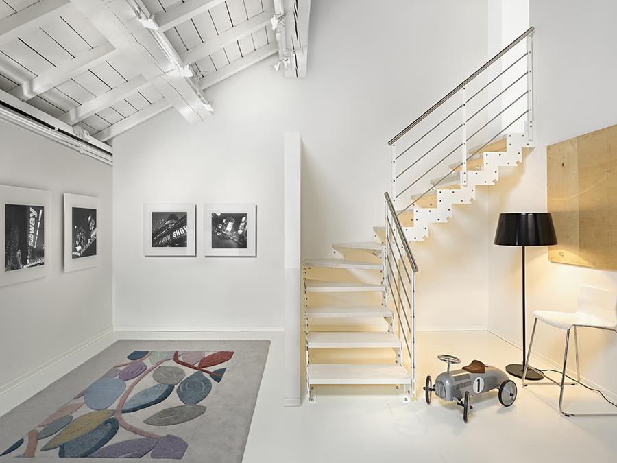 Come e perch scegliere le scale di casa idee for Arredare scale interne