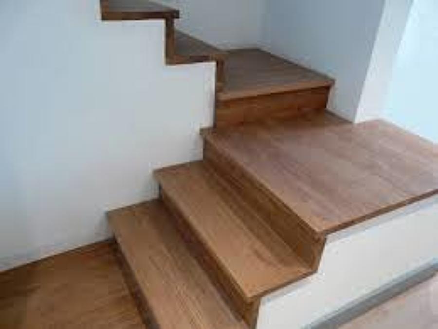 Scale da rivestimento idee falegnami for Scale in legno prezzi
