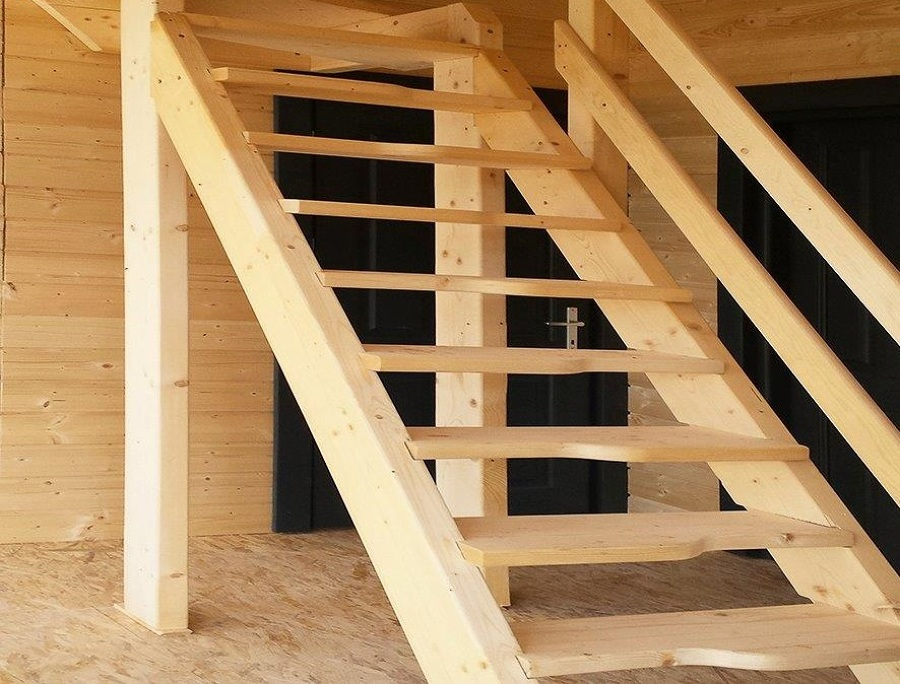 Foto scala interna in legno di casa natura o m company 359608 habitissimo - Scala interna in legno ...