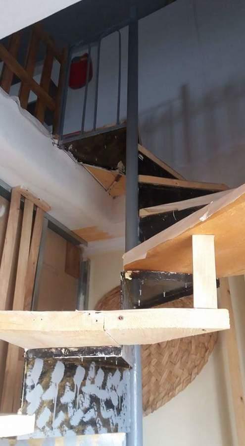 Foto scala interna in legno su misura di di tutto un po - Foto scale in legno ...
