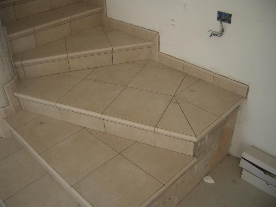 Foto scale in ceramica di simbari salvatore pavimenti - Scale in ceramica ...