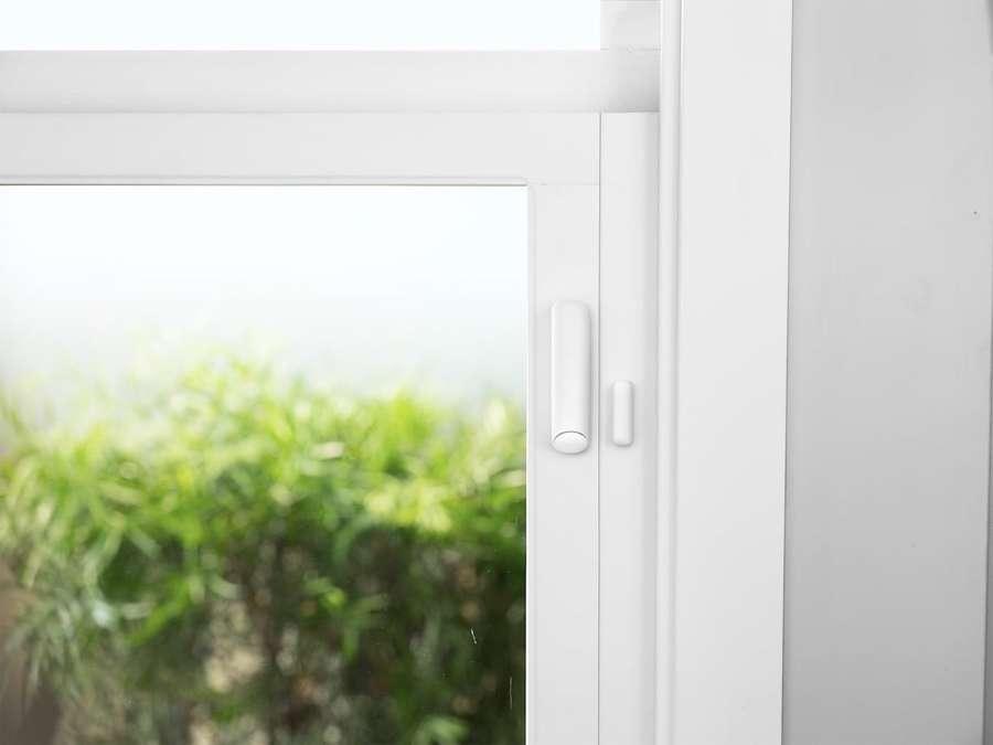 Sensori magnetici per porte e finestre