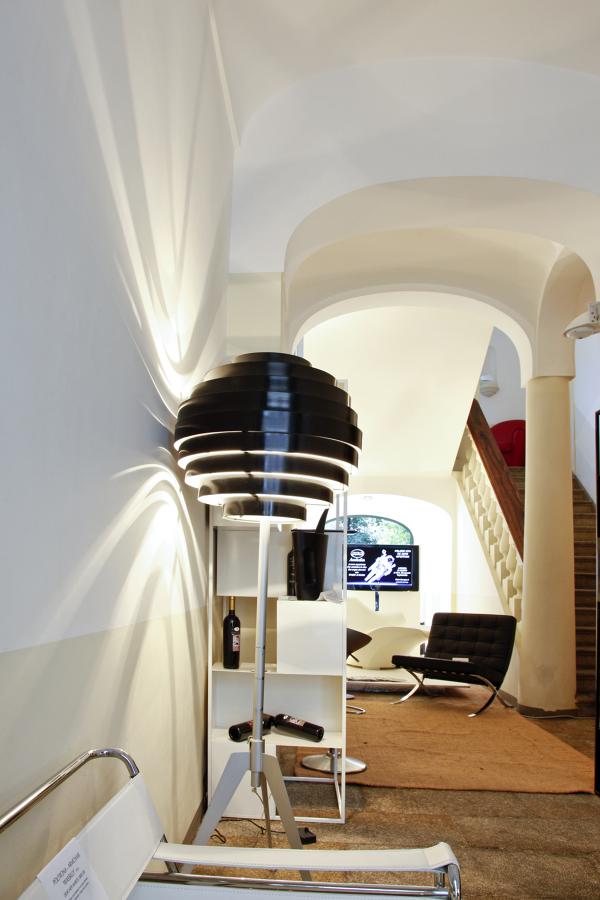 Foto: Show Room Centro Storico Roma Architetto Giovanni Deidda di ...