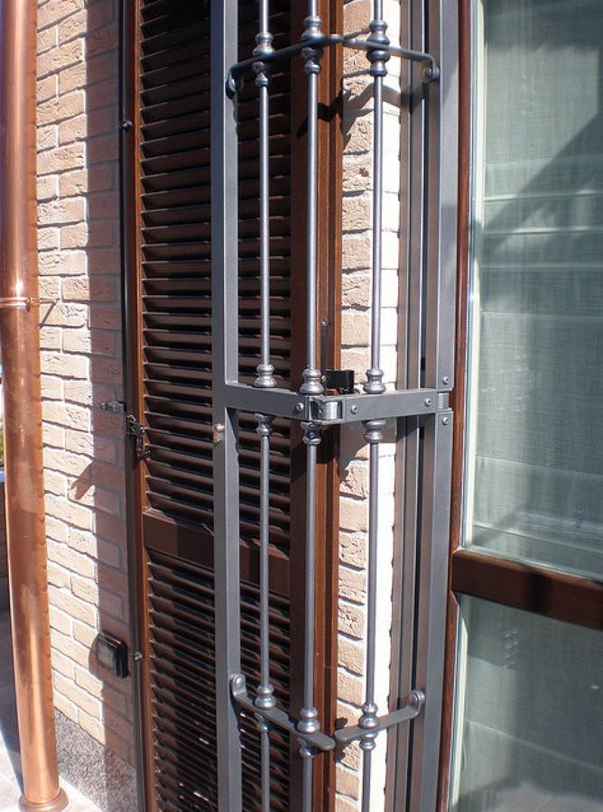 Progetto posa serramenti e persiane in legno inferriate - Porte di ferro per esterni ...