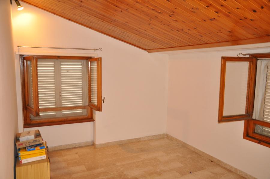 Soffitto e finestre;