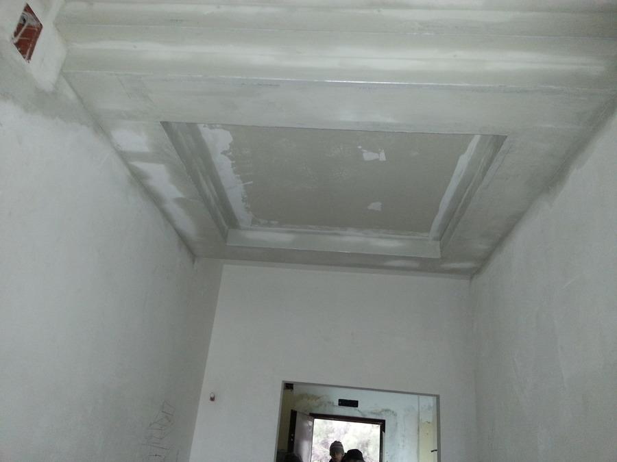 Soffitto in cartongesso idee ristrutturazione casa for Idee in cartongesso