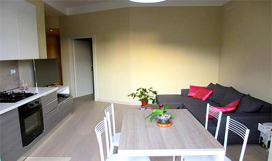 Perfect affordable idee soggiorno con ingresso idee e for Soluzioni arredo soggiorno