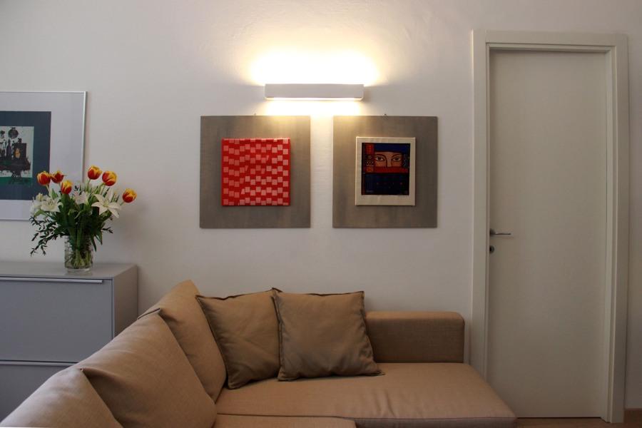 Progetto di ristrutturazione appartamento a milano idee for Soggiorno con divano