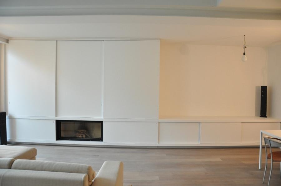 Progetto soggiorno con mobile e camino idee mobili for Soggiorno con camino