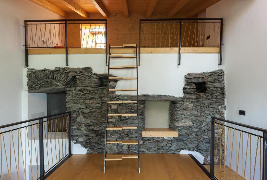 ristrutturazione casa con recupero fienile adiacente in