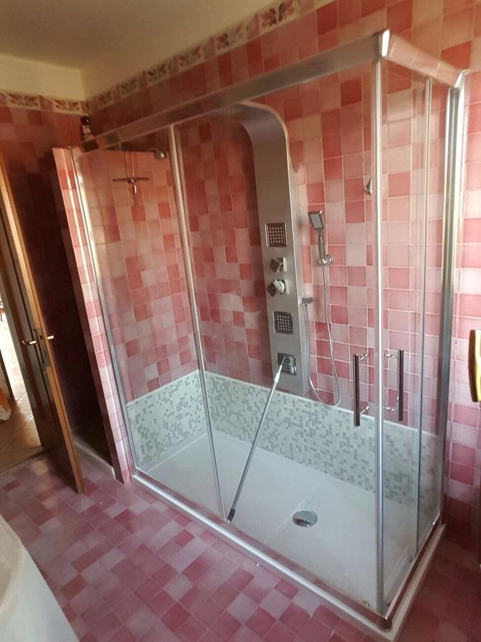 5 motivi per sostituire la vasca da bagno con un box doccia idee ristrutturazione bagni - Vasca bagno con doccia ...