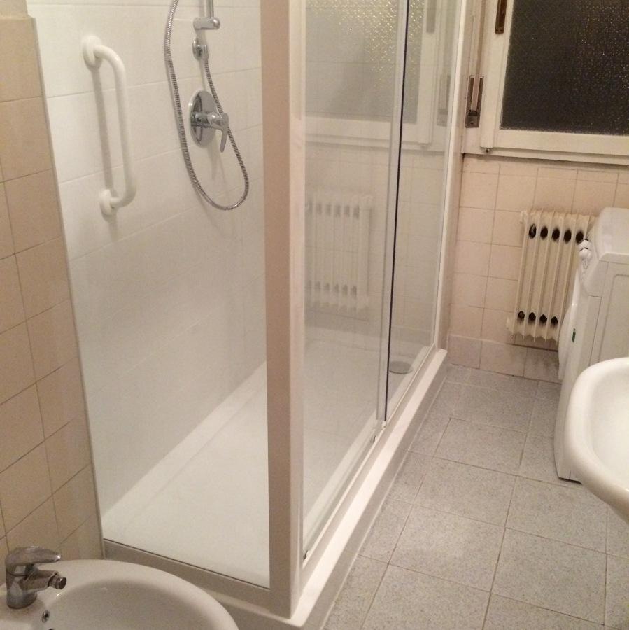 Progetto sostituzione vasca con doccia in un giorno idee ristrutturazione bagni - Sostituzione vasca bagno con doccia ...