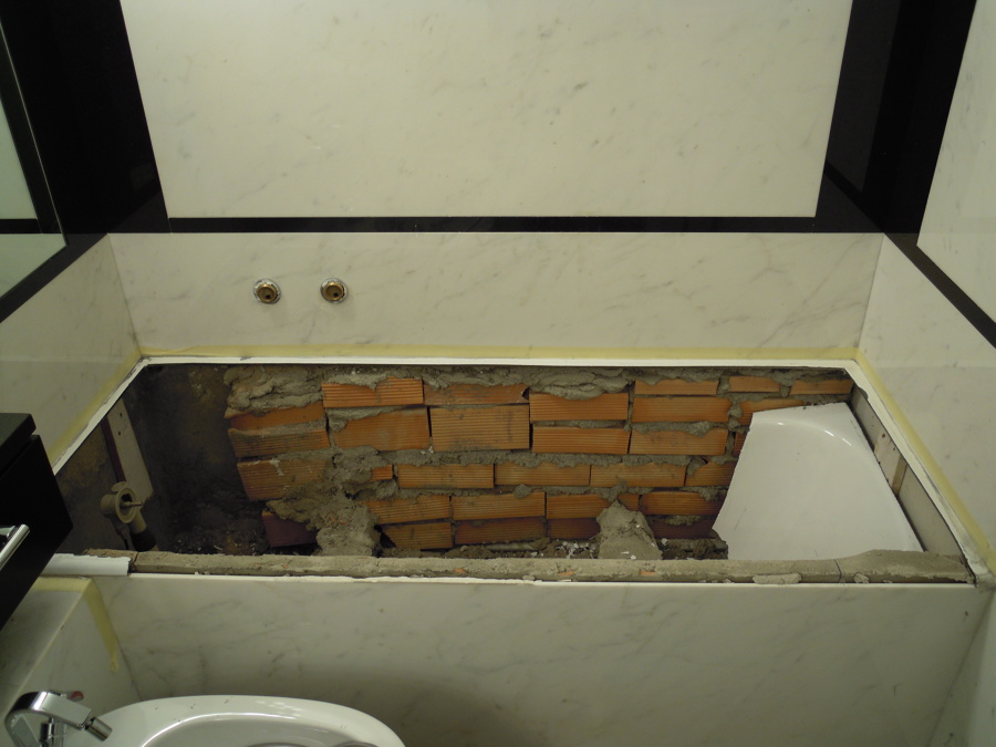 Progetto di sostituzione vasca da bagno senza rompere le piastrelle idee idraulici - Sostituzione vasca da bagno ...