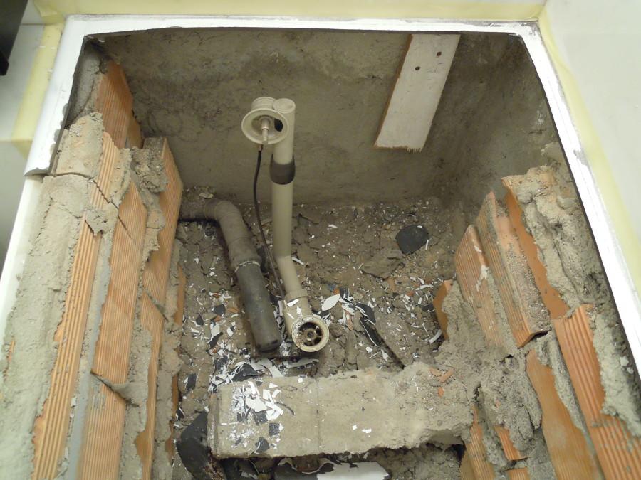 Progetto di sostituzione vasca da bagno senza rompere le piastrelle idee idraulici - Verniciare vasca da bagno ...
