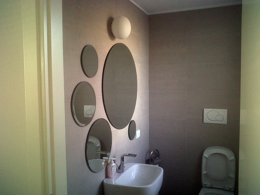 progetto realizzazione specchi bagno ufficio | idee vetrai - Specchi Rotondi Per Bagno