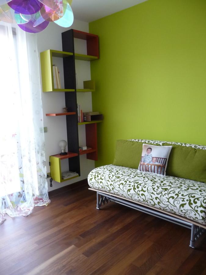 Stanza per ricevere ospiti design casa creativa e mobili for Stanza design