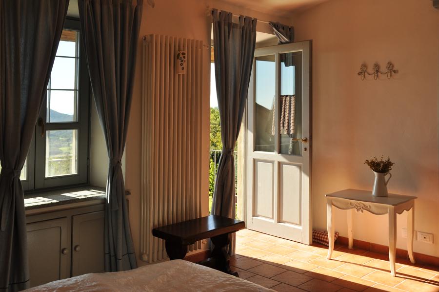 stanza vista lago di Avigliana
