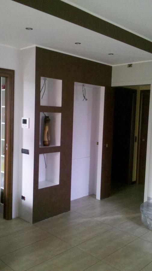 Foto strutturazione di interni mobili in pseudo muratura - Mobili in cartongesso foto ...
