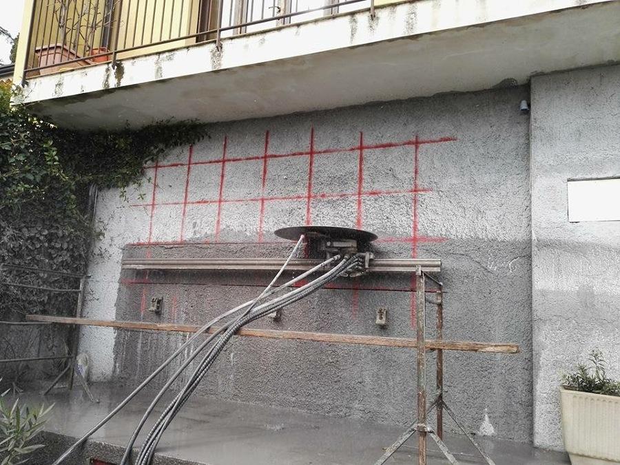 Taglio cemento idee demolizioni - Trucchi per taglio piastrelle ...